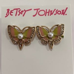 BETSEY JOHNSON - BUTTERFLY EARRING..